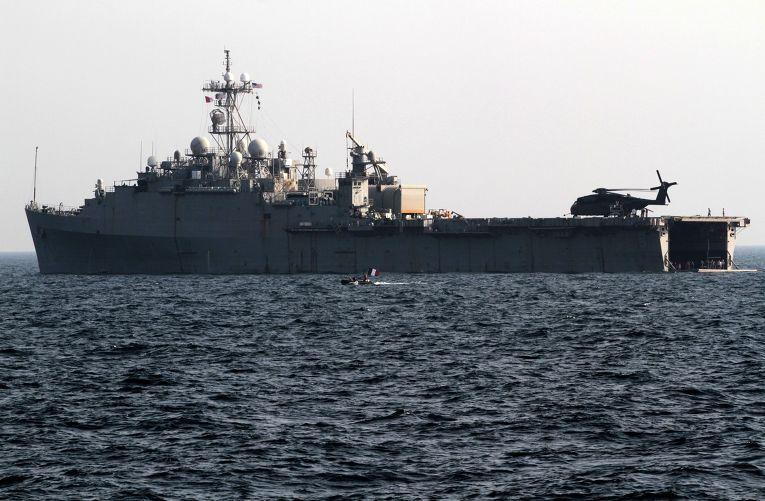 Десантно-транспортный корабль USS Ponce