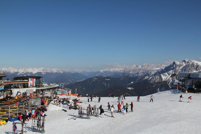Курорт Кортина-д`Ампеццо в Доломитовых Альпах