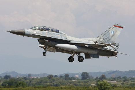 Греческий самолет F-16