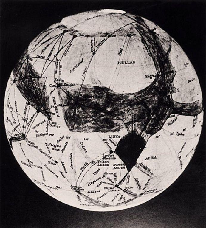 Марс, нарисованный американским астрономом Персивалем Лоуренсом