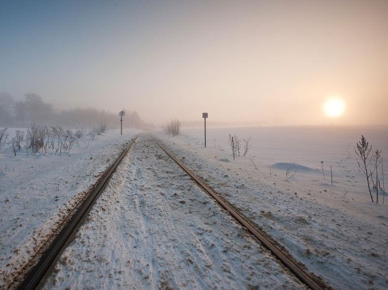 Железнодорожные пути зимой