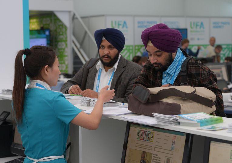 Индийские журналисты в Международном пресс-центре саммитов БРИКС и ШОС в Уфе