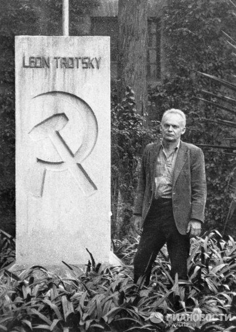 Правнук Льва Троцкого Эстебан Волков