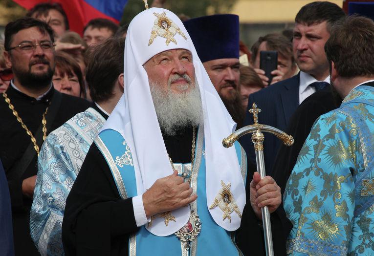 Патриарх Кирилл открыл памятник Владимиру Крестителю в Смоленске