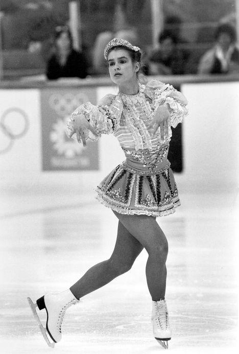 Фигуристка из ГДР Катарина Витт выступает на Олимпийских играх 1984 года в Сараево