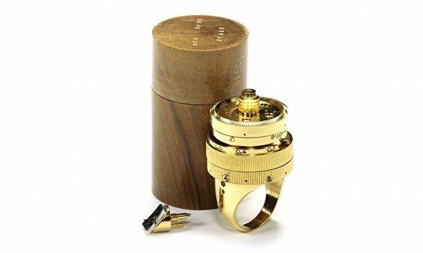Редкие камеры аукциона Bonhams: «Чудесная камера» Джампаоло Ферро