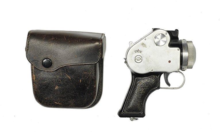Редкие камеры аукциона Bonhams: камера-револьвер Mamiya