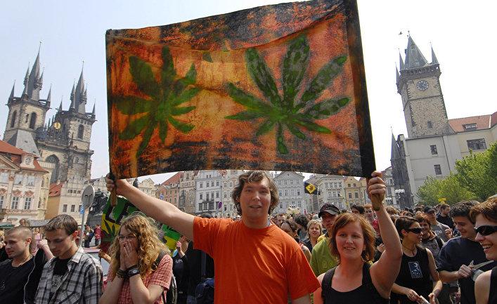 Марш сторонников легализации марихуаны в Праге