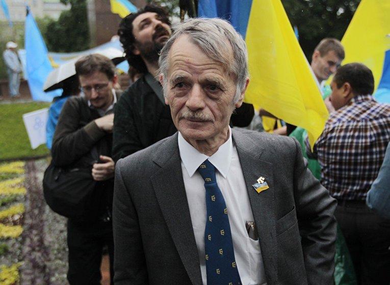 Один из лидеров крымскотатарского народа Мустафа Джемилев