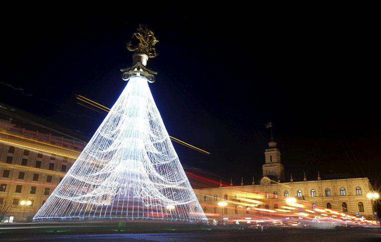 Рождественская елка в Тбилиси
