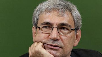 Лауреат Нобелевской премии по литературе, турецкий писатель Орхан Памук