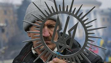 Участник акций протеста на Площади Независимости в Киеве