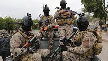 Члены «Бригады мира», шиитской повстанческой группировки в Багдаде