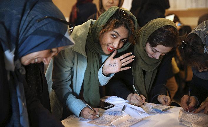 Женщины на выборах в парламент и в совет религиозных экспертов в Иране