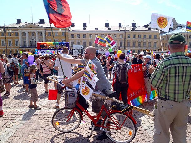 Гей-парад в Хельсинки