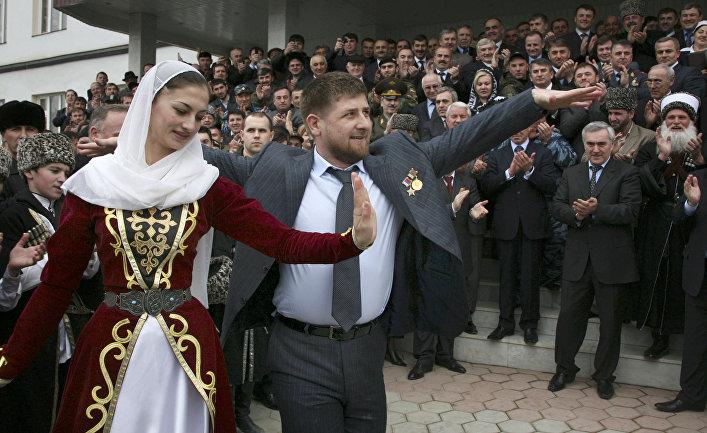 Рамзан Кадыров танцует в Грозном