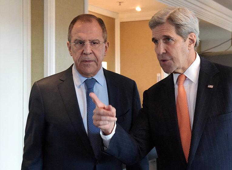 Министр иностранных дел Российской Федерации Сергей Лавров и госсекретарь США Джон Керри перед началом двусторонней встречи в преддверии заседания Международной группы поддержки Сирии (МГПС) в Мюнхене. 11 февраля 2016