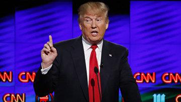 Кандидат в президенты США от Республиканской партии Дональд Трамп во время предвыборных теледебатов на канале CNN. 10 марта 2016