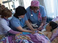 Дети в Республиканском медицинском центре в Степанакерте
