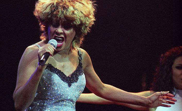 Американская певица, автор песен, актриса и танцовщица Тина Тернер