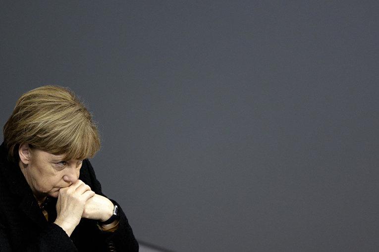 Канцлер Германии Ангела Меркель в парламенте Бундестага