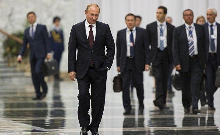 Владимир Путин после встречи с Петром Порошенко в Минске