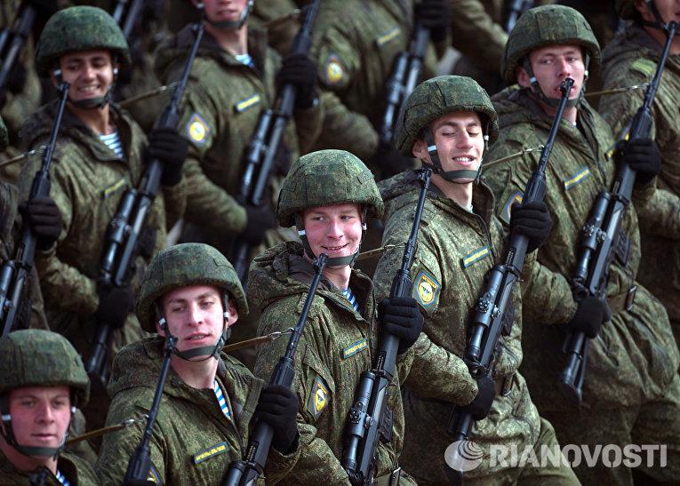 Тренировки в Подмосковье перед военным парадом 9 мая