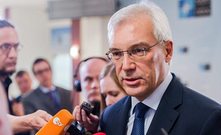 Постоянный представитель РФ при НАТО Александр Грушко после заседания Совета Россия-НАТО. 20 апреля 2016