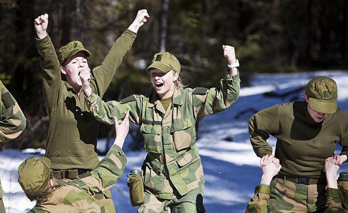 Военный лагерь для женщин в Норвегии