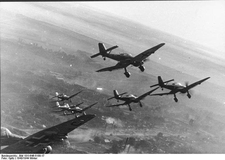 Бомбардировщики «Штука» во время «блицкрига»