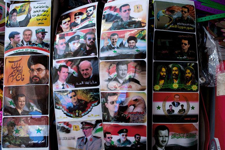 Наклейки в сувенирном магазине в Дамаске