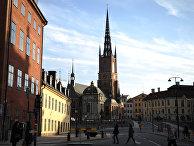 Вид на Риддархольмскую церковь в Стокгольме