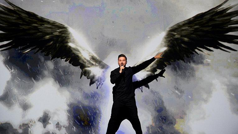 Сергей Лазарев во время финала 61-го международного конкурса песни «Евровидение - 2016»