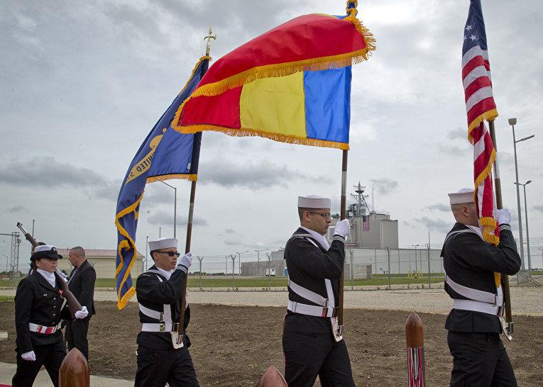 Церемония открытия военно-воздушной базы «Девеселу» в Румынии