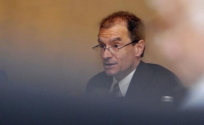 Помощник госсекретаря США по делам Европы и Евразии Дэниел Фрид