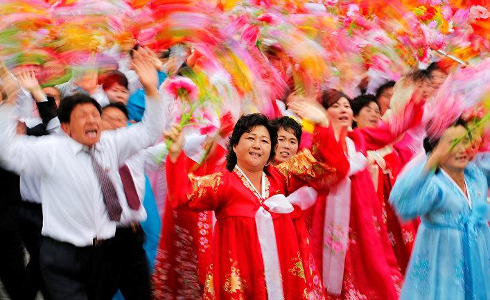 Парад на главной площади в Пхеньяне