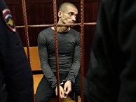 Художник Петр Павленский в зале суда перед слушанием по его делу в Москве