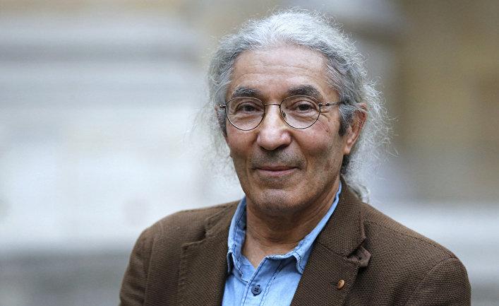Алжирский писатель Буалем Сансаль