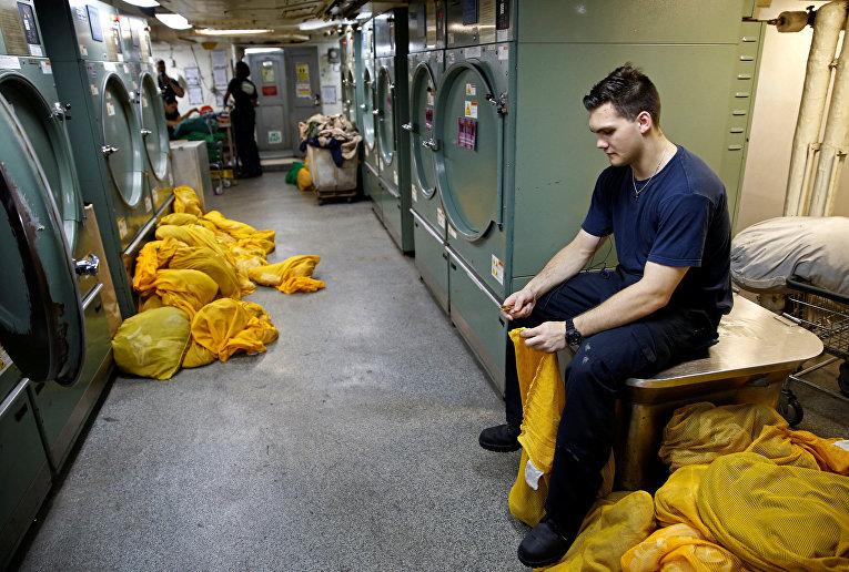 Жизнь на борту американского авианосца «Гарри Трумэн»