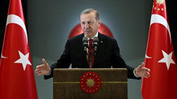 Президент Турции Тайип Эрдоган выступает в Анкаре