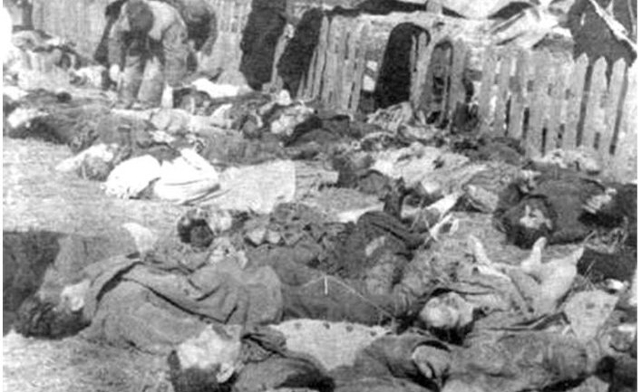 Жертвы Волынской резни в деревне Липники, 1943