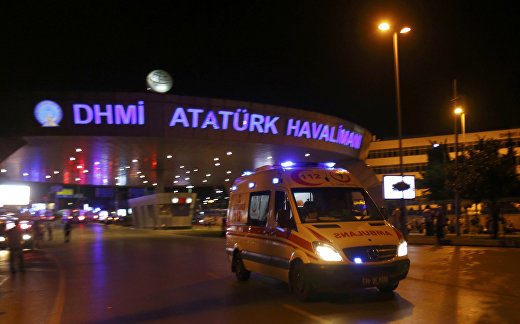 Взрыв в аэропорту Ататюрк