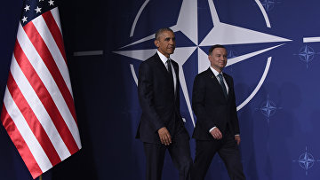 Президент США Барак Обама и президент Польши Анджей Дуда на саммите НАТО