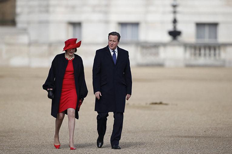 Британские политики Тереза Мэй и Дэвид Кэмерон