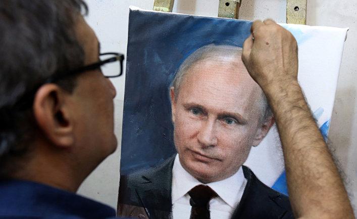 Иракский художник рисует картину президента РФ Владимира Путина