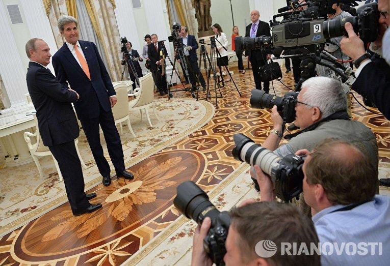 Рабочая встреча президента РФ Владимира Путина с государственным секретарем США Джоном Керри