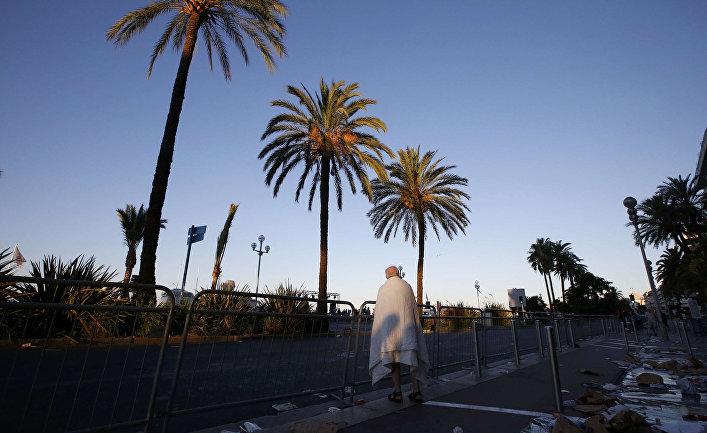 Последствия теракта на набережной в Ницце
