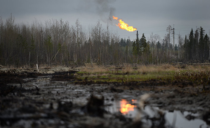 Сжигание попутного газа в ходе нефтедобычи в Ханты-Мансийском округе
