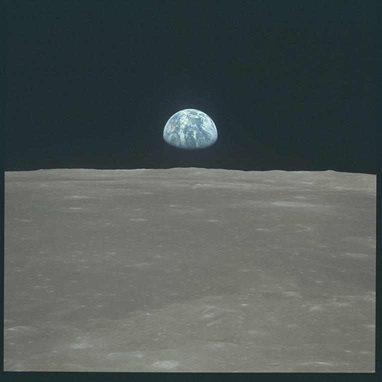 Миссия «Аполлона-11»