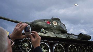 Танк Т-34 периода Великой Отечественной войны на 10-й международной выставке Russia Arms Expo